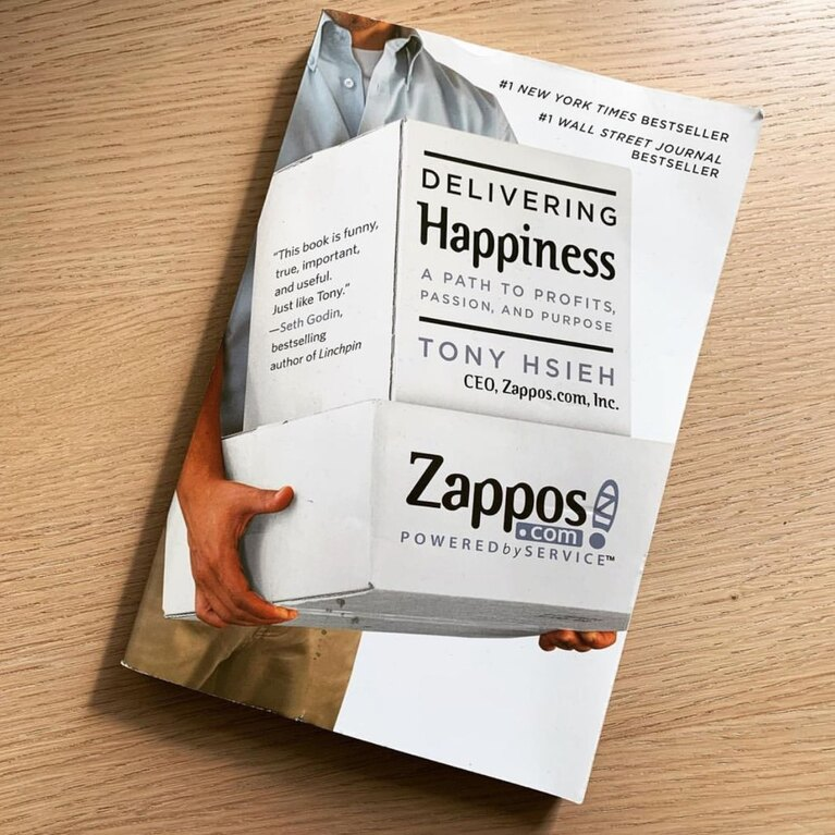 Buch Zappos - Delivering Happiness #goodread